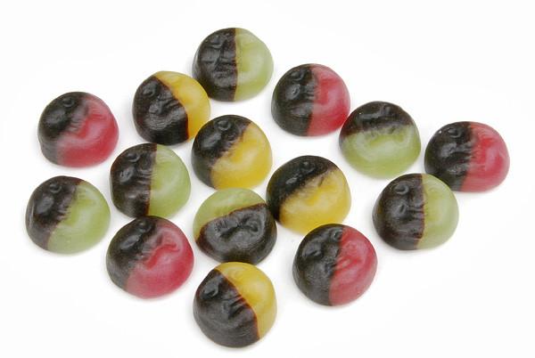 Harlekin mit Frucht