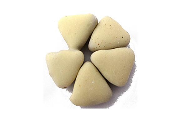 Salmiak Dreiecke, weiße Schokolade