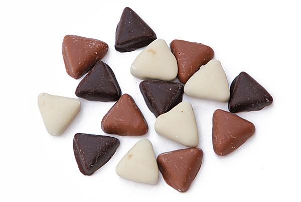 Salmiak Dreiecke, Zartbitter-, Vollmilch- und Weiße Schokolade